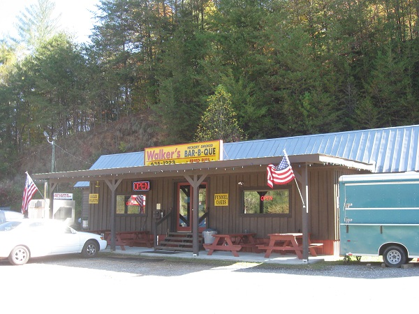 Walker's Fried Pies and BBQ, Ellijay GA