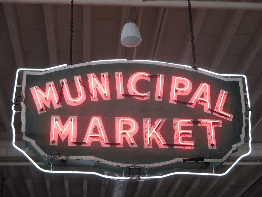 Back to the Sweet Auburn Curb Market