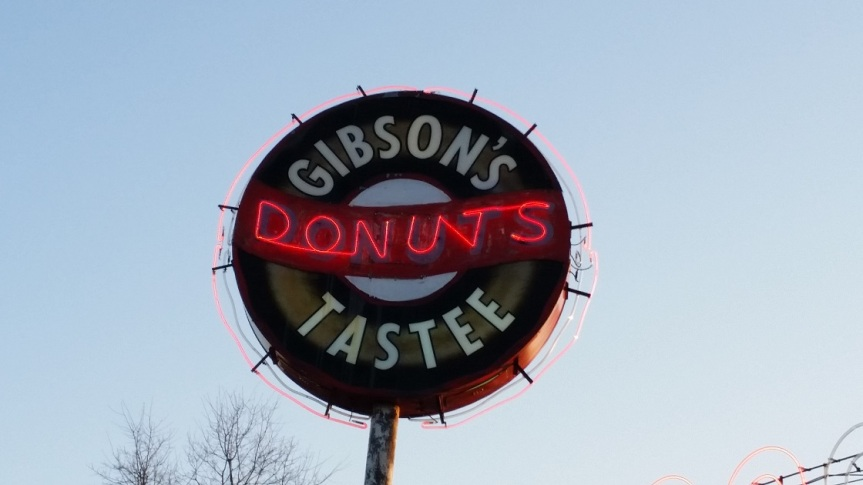 Gibson's Donuts, Memphis TN (take two)