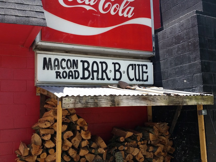 Macon Road Bar-B-Que, Columbus GA